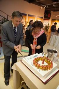 First Head of SFA, dr. Čerček with tokamak cake